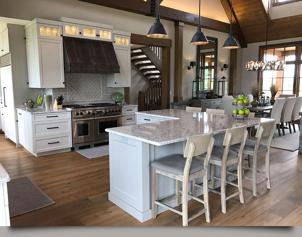Farmhouse Chic Kitchen Interiors by HOM Interiors